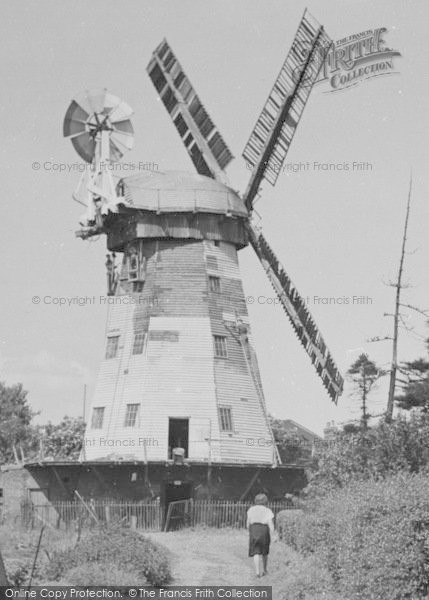,Upminster, The Windmill c.1955,