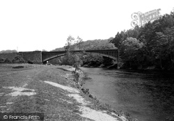 Upper Arley, Victoria Bridge And River Severn c.1939