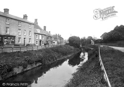 Upwell, Town Street 1923