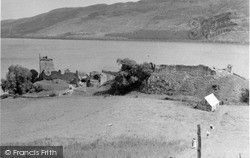 And Loch Ness 1952, Urquhart Castle