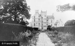 Urquhart Castle, Innes House c.1930