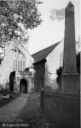 Usk, St Mary's Church c.1955