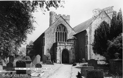 Usk, St Mary's Church c.1960