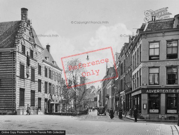 Photo of Utrecht, Paushuize And Komme Nieuwegracht c.1930