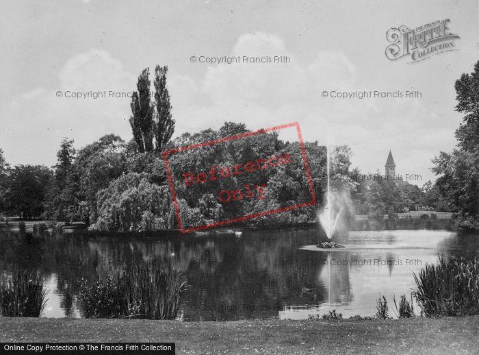 Photo of Utrecht, Wilhelminapark Pond c.1930
