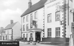 Uttoxeter, The White Hart c.1955
