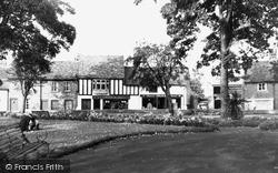 Uxbridge, The Gardens, Cross Street  c.1950