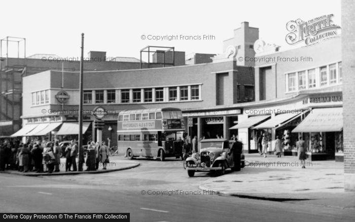 Uxbridge, the Station c1955