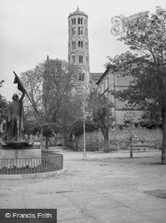 Cathedral Tower 1939, Uzes