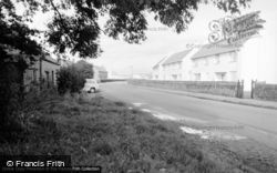 Camp Road R.A.F 1966, Valley