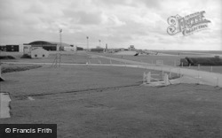 The Airfield R.A.F 1966, Valley