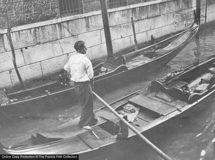 Photo of Venice, A Gondolier 1938
