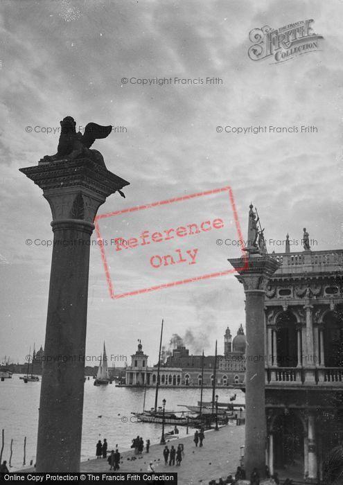 Photo of Venice, Colonna Di San Marco 1938