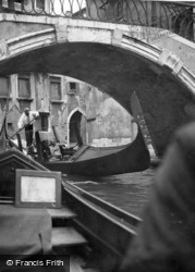 Gondolas 1938, Venice