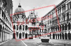 The Doge's Palace c.1935, Venice