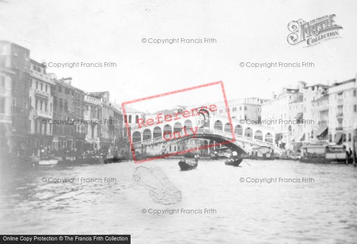 Photo of Venice, The Rialto Bridge c.1935