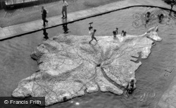 The Children's Pool c.1950, Ventnor