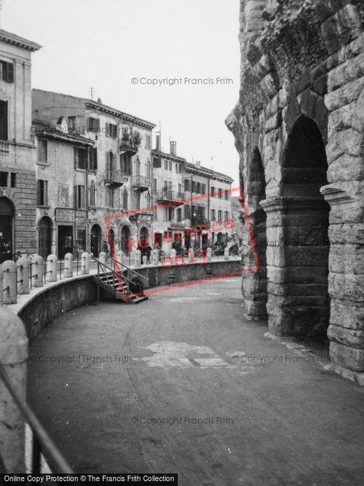 Photo of Verona, Piazzetta Mura Gallieno1938