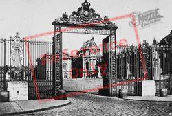 Entrance To Château c.1920, Versailles