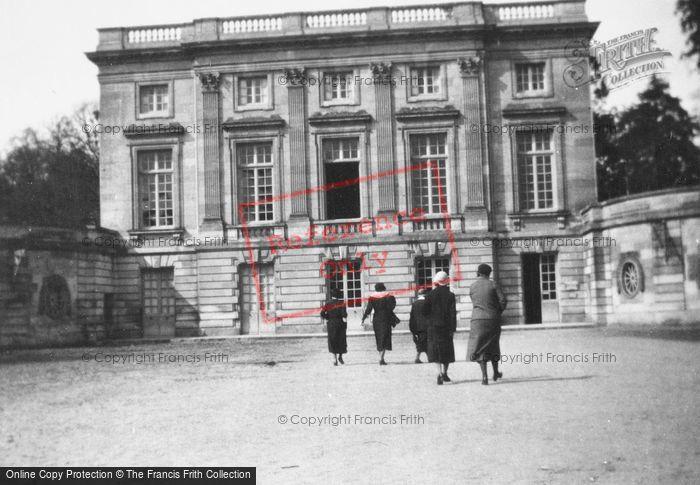 Photo of Versailles, Petit Trianon c.1935