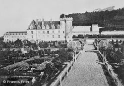 Chateau De Gardens c.1930, Villandry