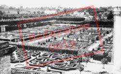Chateau De Gardens c.1935, Villandry