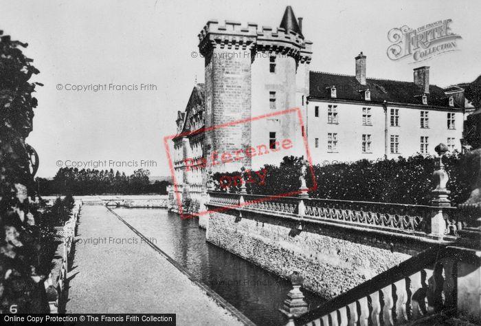 Photo of Villandry, Chateau De Villandry, Moat c.1930