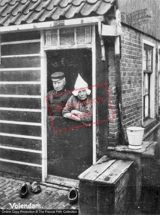 Photo of Volendam, Couple c.1935