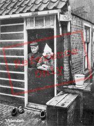 Couple c.1935, Volendam