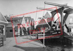 Drawbridge 1938, Volendam