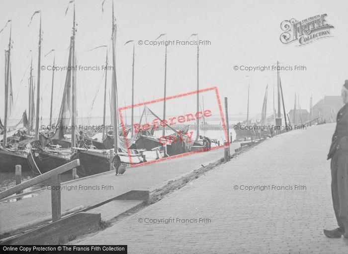 Photo of Volendam, The Harbour c.1938