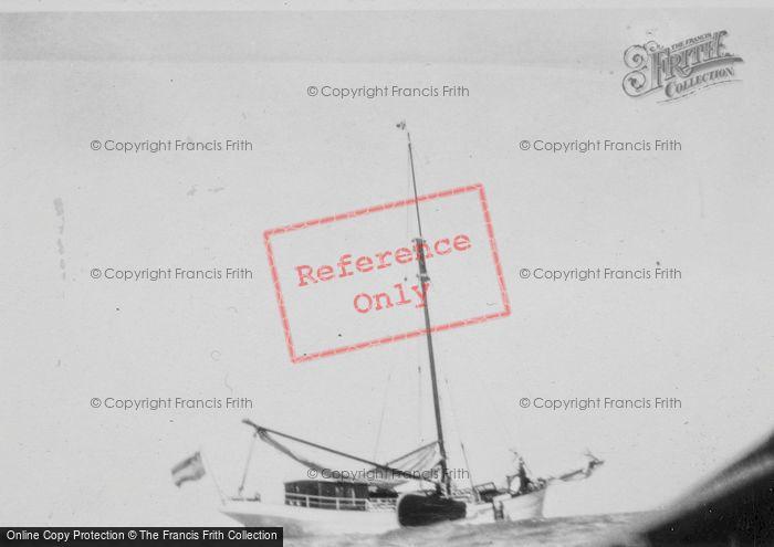 Photo of Volendam, Yacht Babanne c.1935