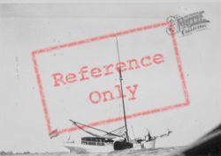 Yacht Babanne c.1935, Volendam