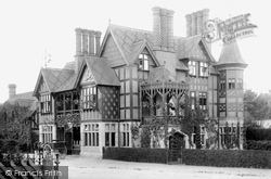 Waddesdon, The Five Arrows Hotel 1897