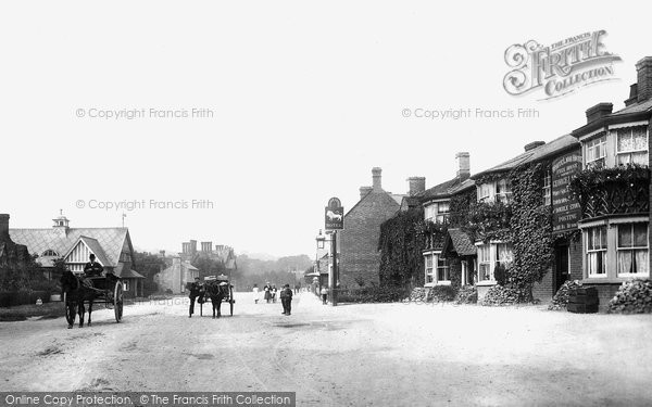 Photo of Waddesdon, The White Lion Hotel 1901