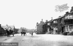 Waddesdon, The White Lion Hotel 1901