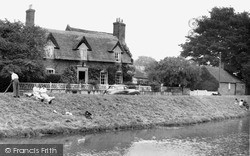 Wainfleet All Saints, Thatched Cottages c.1955