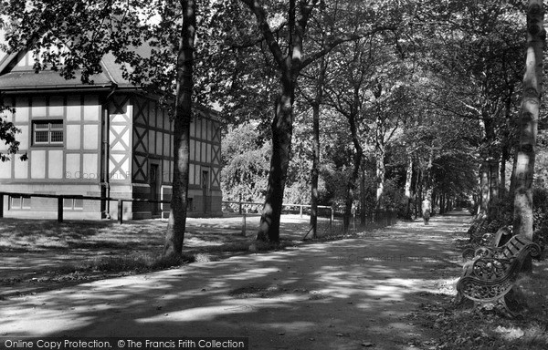 Photo of Wakefield, Clarence Park c1960