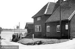 The Maybush Inn c.1955, Waldringfield
