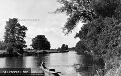 North Of The Bridge c.1950, Wallingford