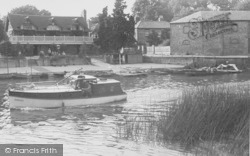 Village From The River c.1955, Wallingford