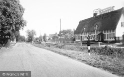 Walsham-Le-Willows, Millers Arch c.1960