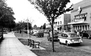 Walton-on-Thames, New Zealand Avenue c1960