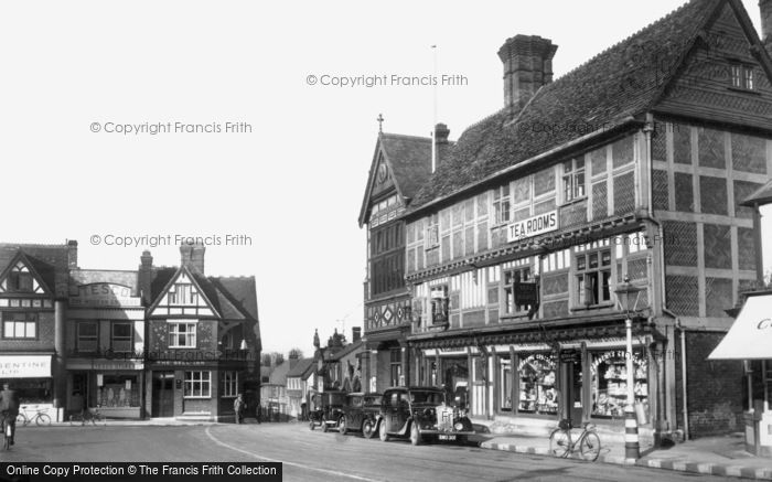 Wantage, The Square And Town Hall c.1950