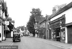 Wargrave, High Street c.1950
