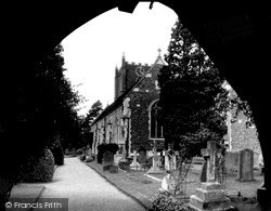 Wargrave, St Mary's Church c.1960