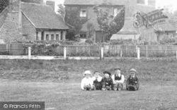Children On The Common 1904, Warlingham