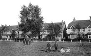 Warlingham, School Common 1907