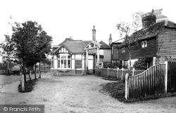 The Leather Bottle 1903, Warlingham