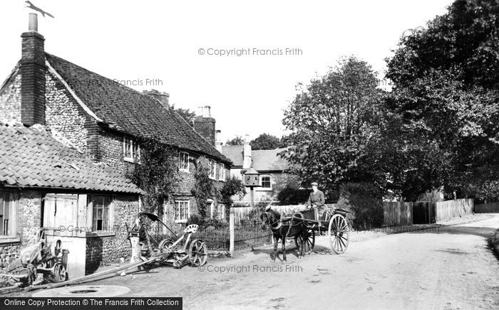 Warlingham, the Old Forge 1907